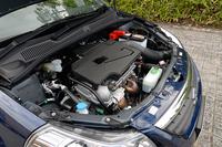 SX4セダンは、1.5リッターのみラインナップ。駆動方式はFFで、4WDは用意されない。