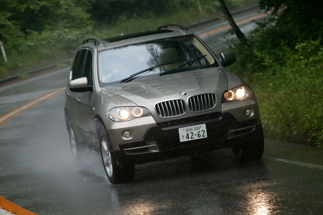 BMW X5 3.0si(4WD/6AT)/4.8i(4WD/6AT)【短評(後編)】