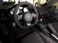 「アウディR8」の限定車「R8 GT」日本で発売の画像