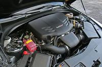 470psと61.5kgmを誇る3.6リッターV6ツインターボエンジン。4000rpmを超えるあたりから硬質な快音を発する。