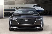 GMがフルサイズセダンのコンセプトカーを発表の画像