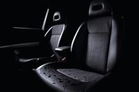 日産、「エクストレイル」の特別仕様車を発売