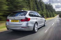 BMWが3シリーズツーリングに2モデルを追加