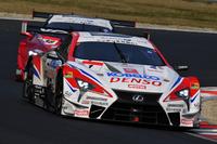 2016年シーズンの覇者であるNo.1 DENSO KOBELCO SARD LC500(ヘイキ・コバライネン/平手晃平)。2017年の開幕戦は3位でフィニッシュした。