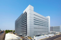 2013年2月に運用を開始した、パワートレーン共同開発棟。