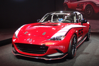 ワンメイクレース仕様車「グローバルMX-5カップカー」。