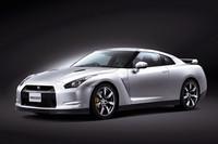 「日産GT-R」がパワーアップ! 値段もアップの画像
