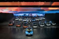 BMW iブランドが本格始動。「i8」と「i3」の量産型がお披露目された。