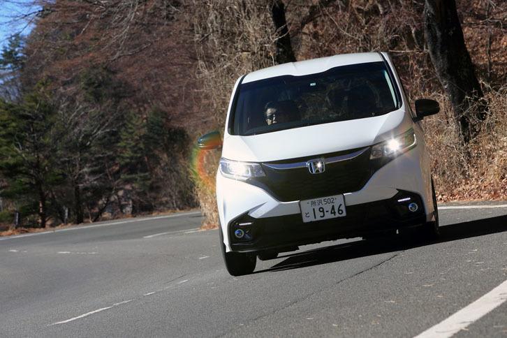 ホンダ・フリード ハイブリッド モデューロX Honda SENSING(6人乗り)(FF/7AT)【試乗記】