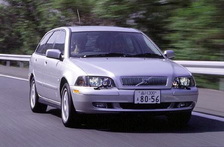 ボルボV40 T-4 75th Anniversary Limited Edition(5AT)【ブリーフテスト】