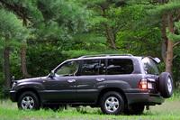 トヨタ・ランドクルーザー100 ワゴンVX(5AT)【ブリーフテスト】の画像