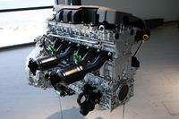 直列6気筒エンジン。