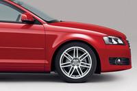 「アウディA3スポーツバック」に250台限定の特別仕様車の画像
