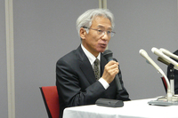 中尾氏はスクリーニング検査について「人為的ミスを誘発する工程であったことは反省したい」とコメント。車載状態におけるバッテリーの安全性について問われると、4月10日の記者会見と同じく「今回のような不具合が発生する可能性はない」と回答した。