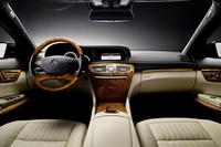 メルセデス「CL」に新設計直噴V8ユニットを搭載