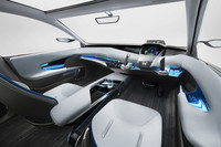 ホンダ、未来型4ドアサルーン「AC-X」を出展の画像