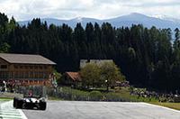 F1オーストリアGP、シューマッハー3連勝!
