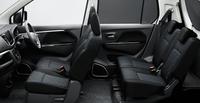 「ワゴンRスティングレー X」のシート。