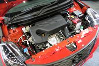 新開発のK10C型ブースタージェットエンジン。「バレーノ」を皮切りに、今後さまざまなスズキ車への搭載が検討されている。
