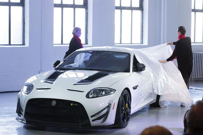 ジャガーXKR-S GT