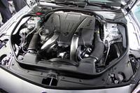 「SL500」に搭載される、4.7リッターV8ツインターボユニット。435ps、71.4kgmを発生する。