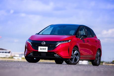 日産自動車は2021年6月15日、コンパクトカー「ノート」をベースとした3ナンバーサイズの派生モデル「ノート...