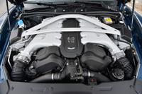 5935ccのV12ユニットは、573psと63.2kgmを発生。「タッチトロニック2」と呼ばれる6段ATが組み合わされる。