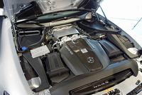 557psと680Nmを発生する、「AMG GT Cロードスター」の4リッターV8ツインターボエンジン。