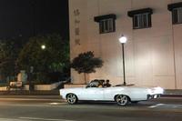 """1960年代の初代「ポンティアックGTOコンバーチブル」。今回のLA滞在で目撃した唯一の""""懐かしアメ車""""であった。チャイナタウンで。"""