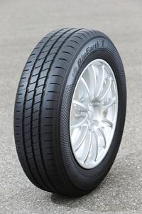 最高の低燃費タイヤ「BluEarth-1 EF20」登場の画像