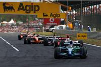 昨年の感動的&奇跡的な勝利も、いまでは立派な歴史。ホンダは入賞どころか、エンジントラブルによるリタイア(ジェンソン・バトン)と、最下位(ルーベンス・バリケロ/写真)という誇れぬ結果を残し、ハンガリーをあとにした。(写真=Honda)