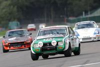 あれから40余年を経てマツダの「R100」がスパ・フランコルシャンサーキットで強豪を相手に戦った。