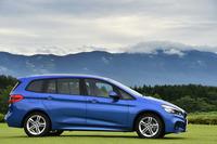 BMW初の7人乗りミニバンとなる「2シリーズ グランツアラー」。日本では2015年6月に発売された。