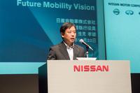 自動運転技術の開発体制について説明する、日産の浅見孝雄専務執行役員。