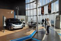 六本木ヒルズに「BMW i8コンセプト」展示の画像