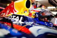 マーク・ウェバー(写真)は、予選でベッテルに次ぐフロントローにつけたものの、レースではアロンソとの2位争いに敗れ3位。ギアボックストラブル、最後のピットストップのタイミングミスなど、チーム側にも非はあったが、負けたのは自分のせいだ、と言い訳せず。(Photo=Red Bull Racing)