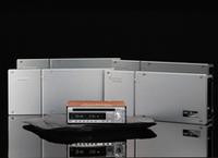 こちらはデッキ+アンプ4台のセット。59万8500円。