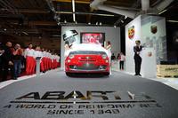 よりスポーティーな「アバルト595」が登場【ボローニャモーターショー2011】