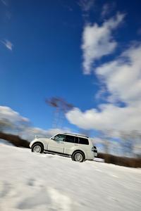 第277回:これぞスリーダイヤの真骨頂 三菱自慢の4WD技術を雪上で試すの画像