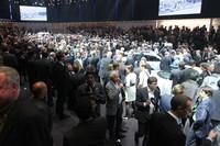 VWが燃費111km/リッターの「XL1」を発表【ジュネーブショー2013】