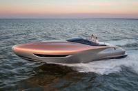レクサスのスポーツヨットがマイアミでデビューの画像