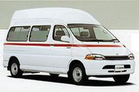 トヨタ、対向車に配慮して救急車を改良の画像