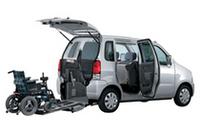 スズキ、福祉車両「ワゴンR車椅子送迎車」を一部改良の画像