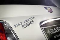 「アバルト595」の50周年記念限定車が登場の画像