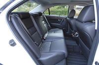 レザーシート仕様のモデルは、後席にもシートヒーターが備わる。