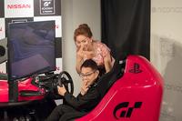 ゲストとして登場した加藤茶さん、加藤綾菜さん夫妻。