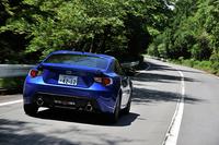 マイナーチェンジで、ボディーカラーに「ラピスブルー・パール」「ピュアレッド」が追加された。テスト車のボディーカラーは「WRブルー・パール」
