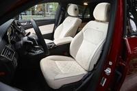 試乗車には「designo(デジーノ)エクスクルーシブパッケージ」が装着されていた。シートには本革とナッパレザー、インテリアにはレザーARTICOが用いられ、高級感が高められている。