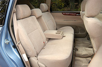 トヨタ・イプサム240u Gセレクション7人乗り FF(4AT)【ブリーフテスト】の画像
