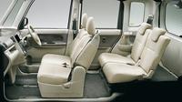 「タントX」の車内空間。